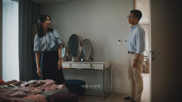 ▲이노션, KCC건설 광고 '문명의 충돌'  (출처=KCC건설 유튜브 캡처)