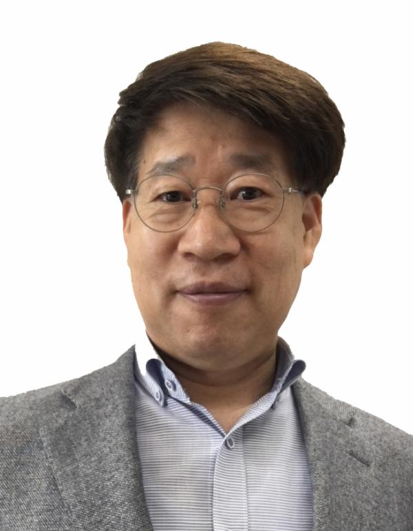 ▲정병문 이화여대 화학나노과학과 교수 (사진=한화토탈)