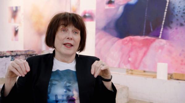 ▲마릴린 민터는 미술 시장과 컬렉트의 반응에 아랑곳 하지 않고 섹슈얼하고 도발적인 회화를 그리는 데 주저 않는다. (HBO)