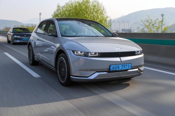 ▲아이오닉5는 현대차가 선보인 첫 번째 '전용 전기차'다. 'E-GMP'라는 새로운 전기차 플랫폼을 바탕으로 제작했다.  (사진제공=현대차)