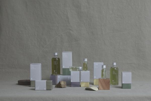 ▲취 프로젝트 브랜드 제품 전체 사진. 사진제공=미들스튜디오