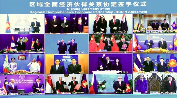 ▲역내포괄적경제동반자협정(RCEP) 회원국 정상들이 지난해 11월 15일 화상회의에 참여하고 있다. 베이징/신화뉴시스