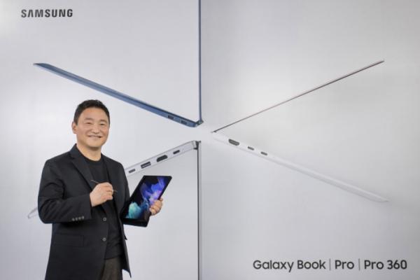 ▲삼성 갤럭시 언팩 2021'에서 삼성전자 무선사업부장 노태문 사장이 '갤럭시 북 프로 360'을 소개하는 모습 (사진제공=삼성전자)