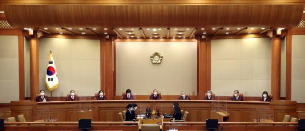 ▲군 가산점 제도는 1999년 12월 헌법재판소 재판관 9명 전원 일치로 위헌결정을 받았고, 도입 40년 만에 2001년 최종 폐지됐다. (뉴시스)