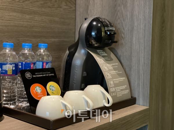 ▲캡슐 커피가 준비돼 있어서 카페인 수치가 떨어질 일은 없었다. (김소희 기자 ksh@)