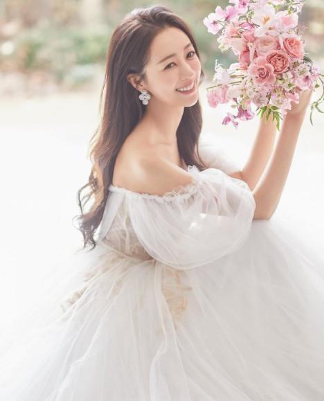 ▲송보은 결혼발표 (출처=송보은SNS)
