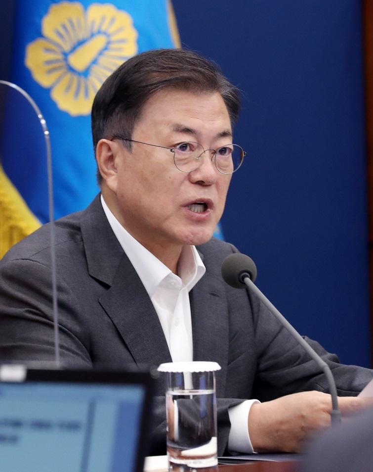 """문재인 대통령 """"오늘 미얀마에서 어제의 광주를 본다"""""""