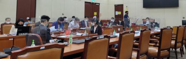 ▲26일 국회 보건복지위원회 법안소위 입법청문회가 열렸다. (김윤호 기자)