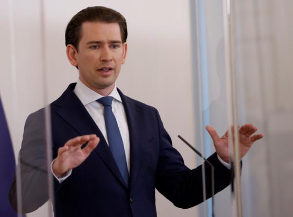 ▲제바스티안 쿠르츠 오스트리아 총리가 20일 오스트리아 빈에서 열린 기자회견에 참석하고 있다. 로이터/연합뉴스 (로이터/연합뉴스)