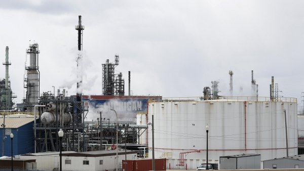 ▲미국 디트로이트에 있는 마라톤페트롤리엄의 원유 정제시설. 디트로이트/AP뉴시스