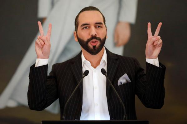▲엘살바도르 의회는 이날 표결에서 나이브 부켈레 대통령이 제출한 비트코인의 법정통화 승인안을 과반 찬성(84표 중 62표)으로 가결했다. (로이터연합뉴스)
