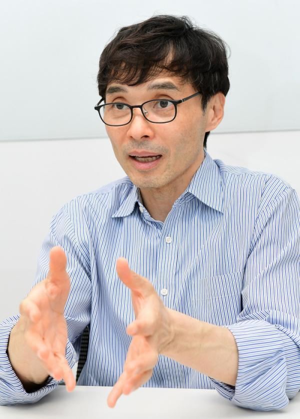 ▲이명세 샤페론 대표가 14일 서울 강남구 사무실에서 이투데이와 인터뷰를 하고 있다.  (고이란 기자 photoeran@)