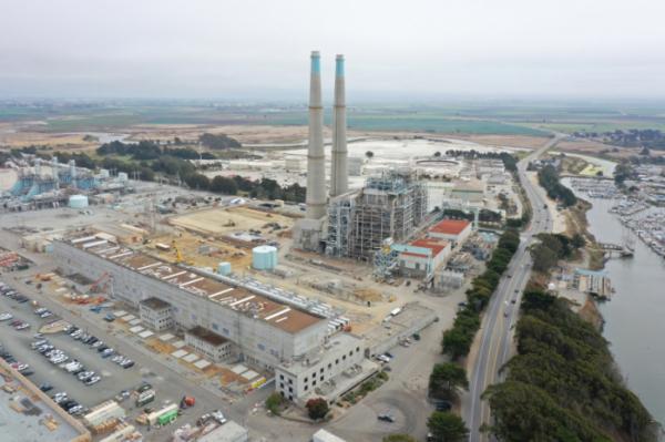 ▲미국의 발전사 비스트라가 미국 캘리포니아주 몬트레이 카운티 모스랜딩(Moss Landing)에서 가동하고 있는 모스랜딩 발전소 전경. (사진제공=LG에너지솔루션)