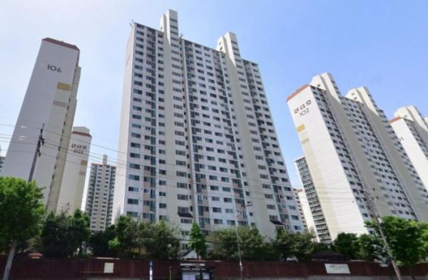 ▲인천 부평구의 한 아파트단지 전경. (출처=네이버로드뷰)