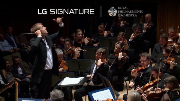 ▲LG전자가 영국의 로열 필하모닉 오케스트라와 손잡고 'LG 시그니처(LG SIGNATURE)'의 초(超)프리미엄 가치를 알린다. 공식 파트너인 LG전자는 LG 시그니처를 앞세워 로열 필하모닉 오케스트라의 창단 75주년을 기념하는 올해 공연 시즌을 후원한다. (사진제공=LG전자)