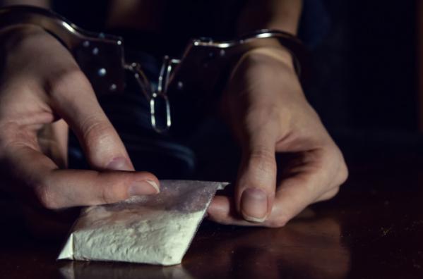 ▲퀵서비스 배달로 마약을 전달받으려던 20대 여성이 경찰에 붙잡혔다. 사진은 기사 내용과 관계 없음. (게티이미지뱅크)