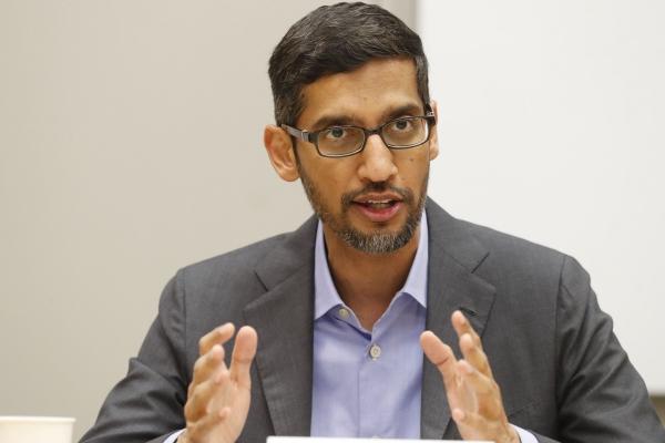 ▲순다르 피차이 구글 최고경영자(CEO)가 2019년 10월 3일(현지시간) 미국 댈러스의 엘 센트로 대학에서 연설하고 있다. 댈러스/AP뉴시스