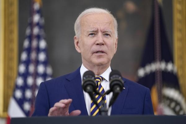 ▲조 바이든 미국 대통령은 18일(현지시간) 백악관에서 열린 기자회견에서 발언하고 있다. 워싱턴D.C./AP뉴시스