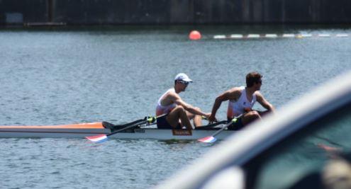 ▲2020 도쿄올림픽에서 올림픽 기록을 경신한 네덜란드 더블스컬 선수들 (국제조정연맹 트위트(World Rowing) 캡처)