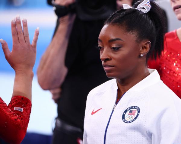 ▲27일 2020 도쿄올림픽 기계체조 여자 단체전 결승에 출전한 시몬 바일스(미국) (연합뉴스)