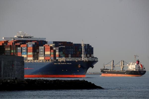 ▲지난 5월 20일 컨테이너선 한 대가 미국 뉴욕 항구로 들어가려 하고 있다. 사진은 기사의 특정 내용과 관계 없음. 뉴욕/로이터연합뉴스