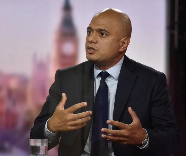 ▲사지드 자비드 영국 보건장관이 12일(현지시간) BBC와 인터뷰하고 있다. 런던/로이터연합뉴스