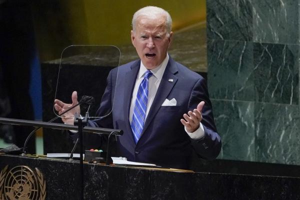 ▲조 바이든 미국 대통령이 21일(현지시간) 뉴욕 유엔본부에서 열린 제76차 유엔총회에서 기조연설하고 있다. 바이든 대통령은 취임 후 처음으로 유엔총회에 참석했다. 뉴욕/AP연합뉴스