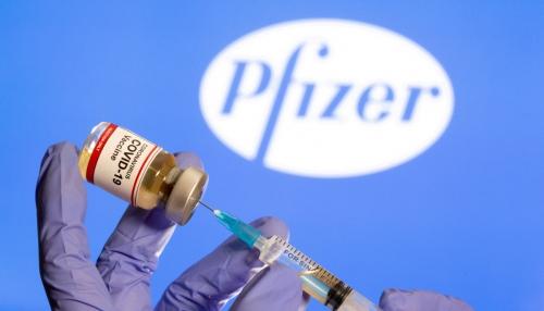 ▲미국 제약사 화이자의 신종 코로나바이러스 감염증(코로나19) 백신이 보인다. 로이터연합뉴스