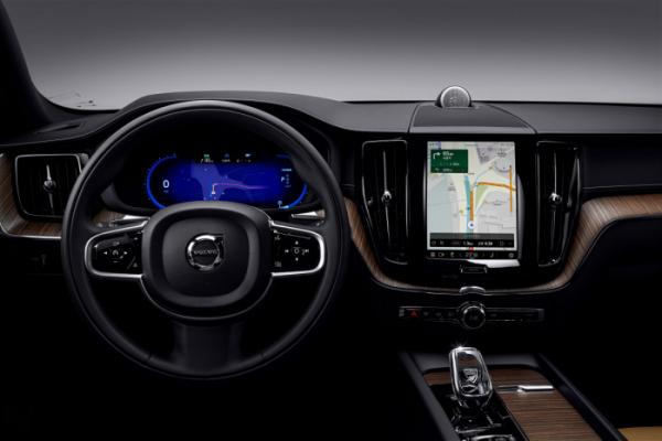 ▲볼보의 신형 XC60은 통합형 SKT 인포테인먼트 시스템을 갖췄다.  (사진제공=볼보자동차코리아)