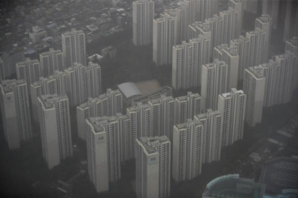 ▲6일 오전 서울 시내 한 아파트 단지의 모습.  (뉴시스)