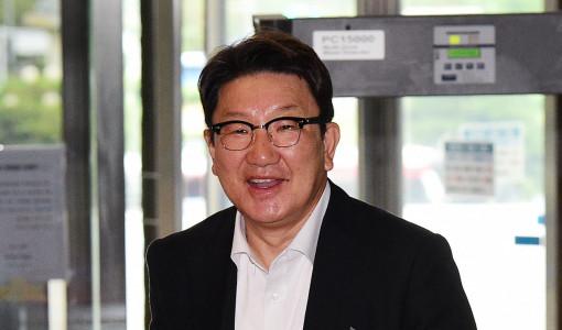원팀 협약에도 이재명·이낙연 '백제발언·盧탄핵' 설전